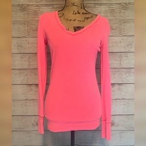 NWT Pink by VS pink vneck